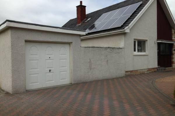 gilchrist house and driveway before